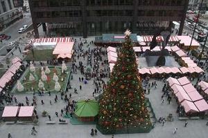 christkindl market chicago overhead