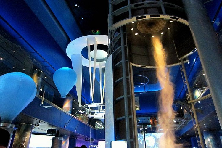 museum of science and industry storms