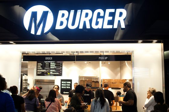 free cheeseburger at m_burger_560x372
