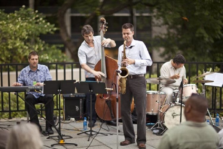 museum of contemporary art chicago 5 free jazz tuesdays