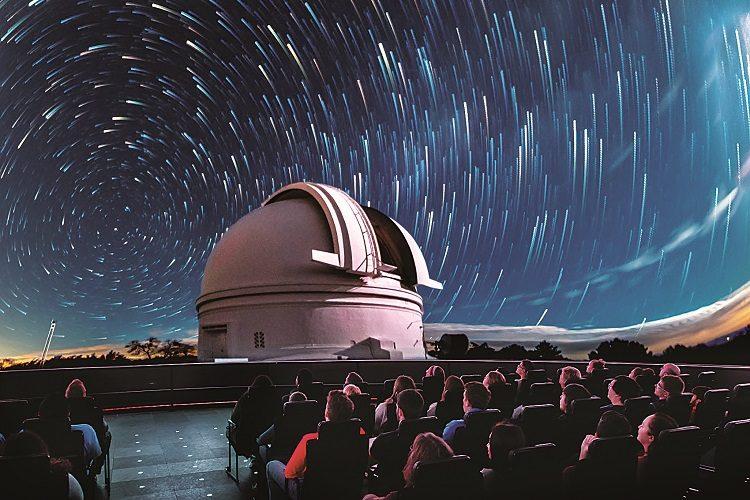free admission adler-planetarium-041217-002