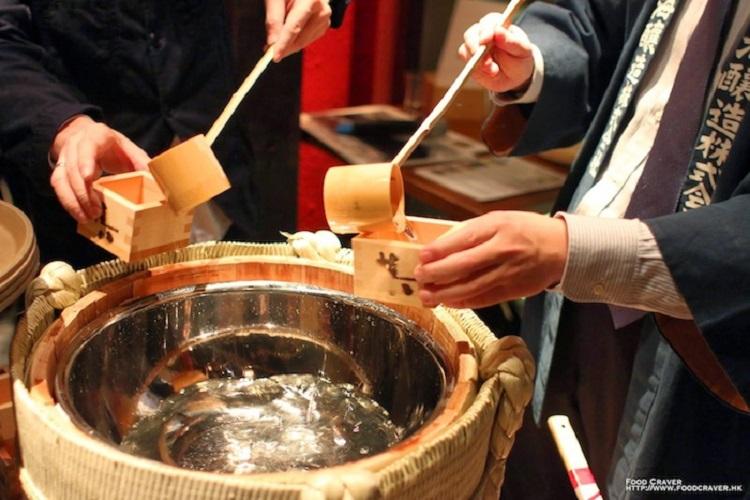 Kagami-Biraki festival new year