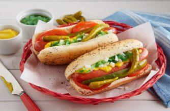 portillos deal 2 hot dogs for 5 dollars