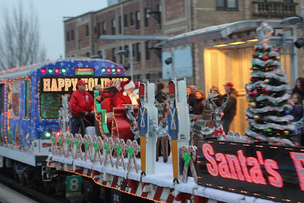 cta_holiday_train-in-chicago-1
