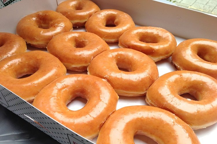 FREE Krispy Kreme Glazed Donuts CHicago 011017