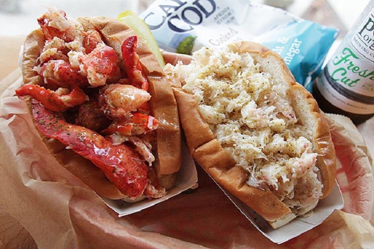 free lobster rolls