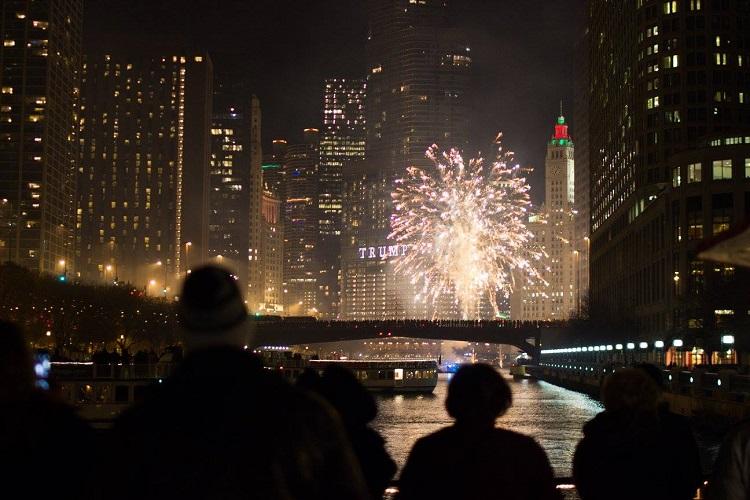 riverwalk fireworks